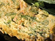 Зеленчуков солен кекс (кейк) с картофи, моркови, спанак, яйца и червена леща